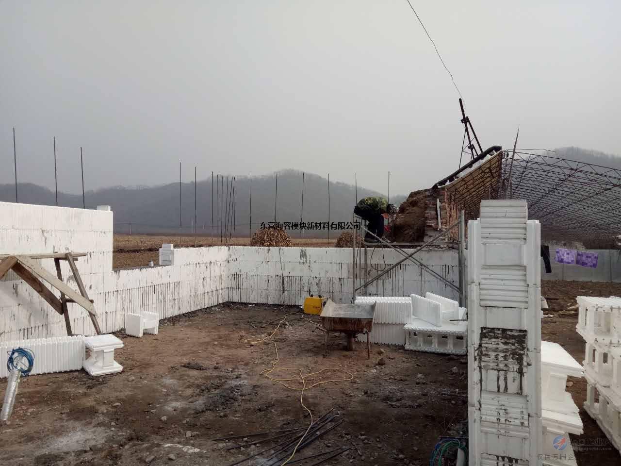 江苏新型建材